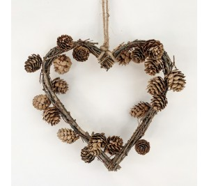 Natural pine and twig heart wreath 22cm