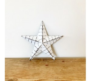 Ridged white metal barn star 20cm